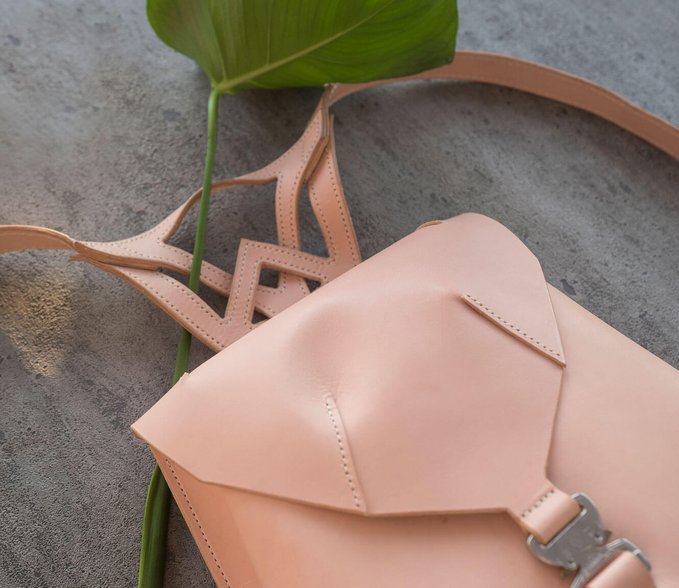 Leather essential collection